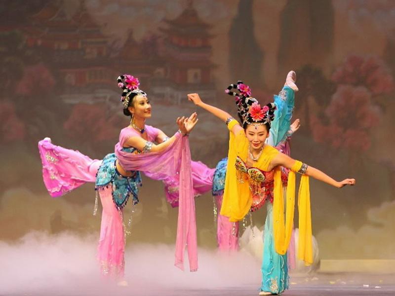 Shen Yun Performing Arts at Orpheum Theatre Minneapolis